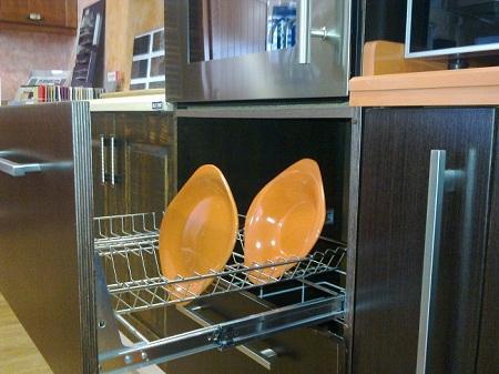 Complementos y accesorios cocinas san francisco for Armario platero cocina